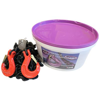 Chain Sling Grade 80 in a bucket